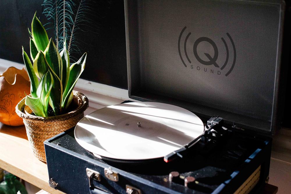 Q Sound {logo design}