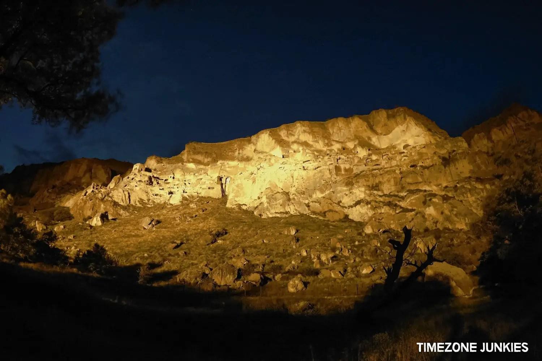 vardzia cave city georgia