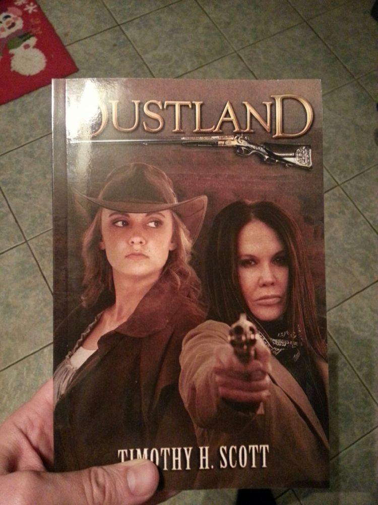 Dustland in Paperback! (3/3)