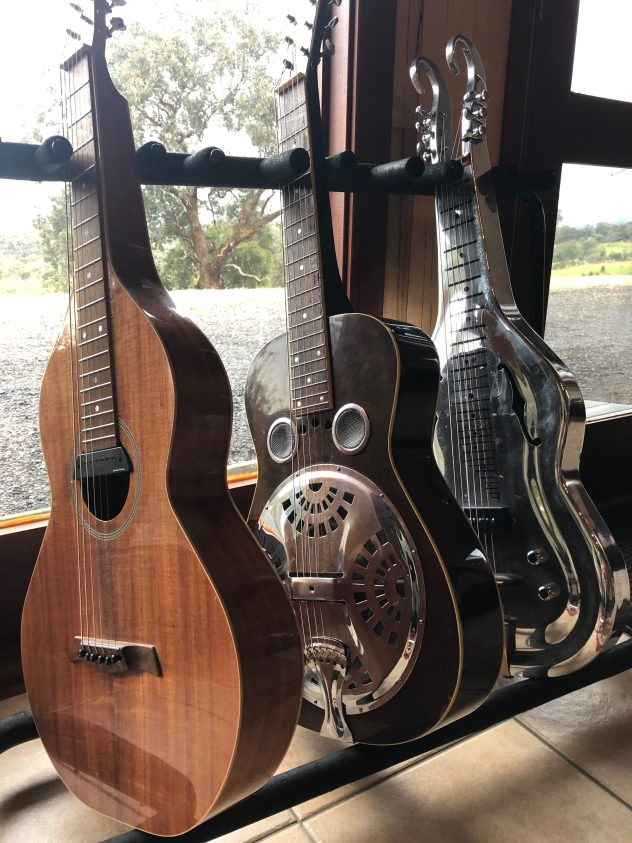 Gully Guitars