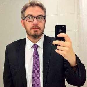 suit-consultant