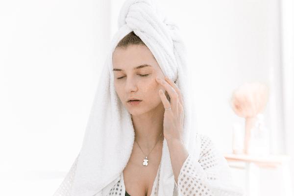 [評價]kiehl's契爾氏金盞花化妝水退紅抗痘超明顯?5大用法擺脫不穩定肌膚