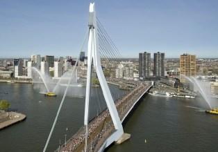 Erasmus bridge on marathon day