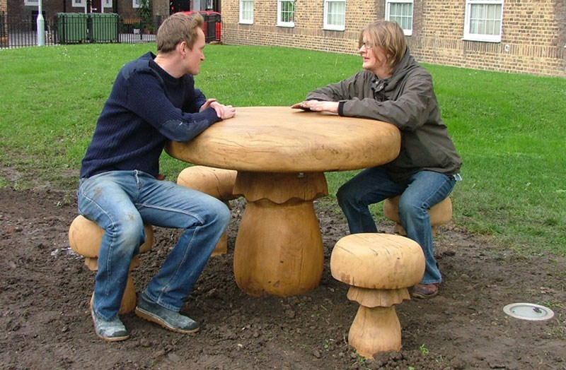 mushroom-seats1