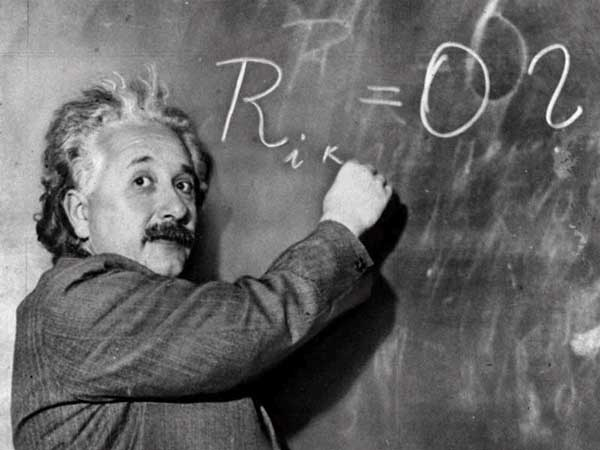 10 Greatest Life Lessons from Albert Einstein