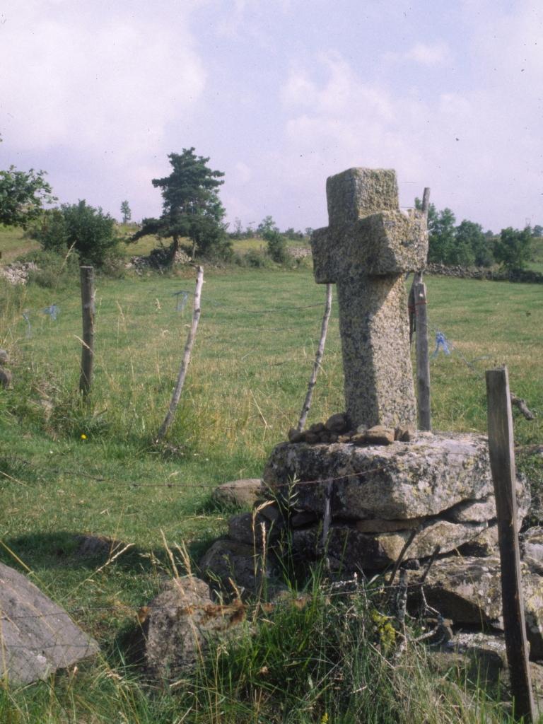 GR65/pilgrims' cross