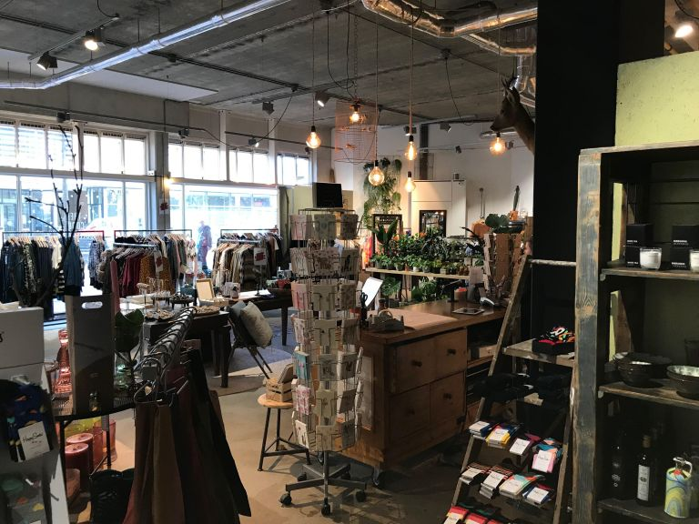 cool collective shoppen amsterdam-oost winkelen