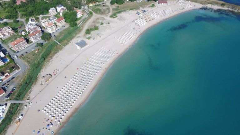 lozenets central beach