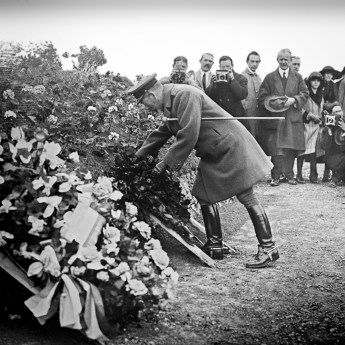 King George V Laying a Wreath at Notre Dame de Lorette, 12 May 1922