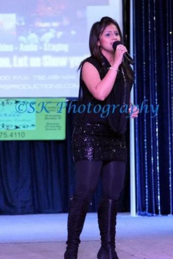 Tina Kundalia concert performance