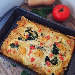 Elite Runner Tina Muir shares her signature meatless monday meal. This butternut squash lasagna is packed with healthy vegetables, and uses cottage cheese instead of ricotta to lighten up the meal. SO good!