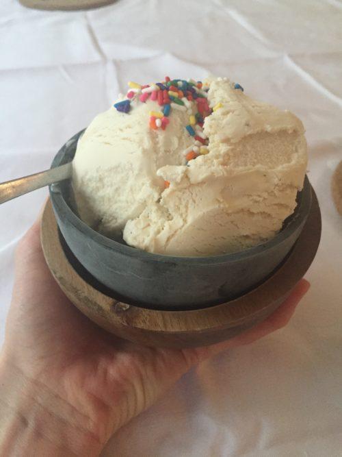 Ice cream tina