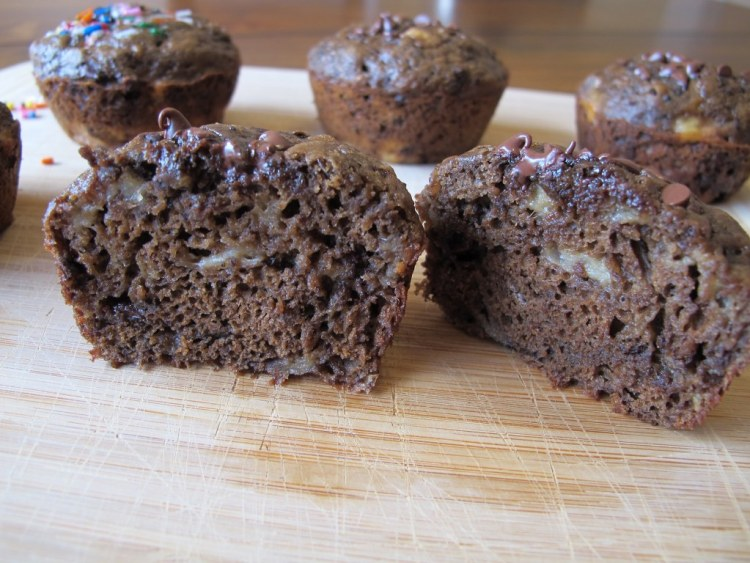 05Chocolate_Banana_Muffins_1024x768
