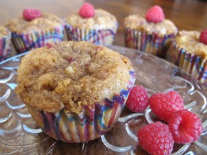 05Raspberry_Spice_Muffins_With_Crumb_Topping_1024x768