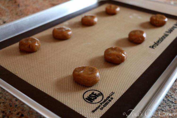 01Flourless Peanut Butter Cookies