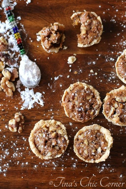 Miniature Walnut Pies14