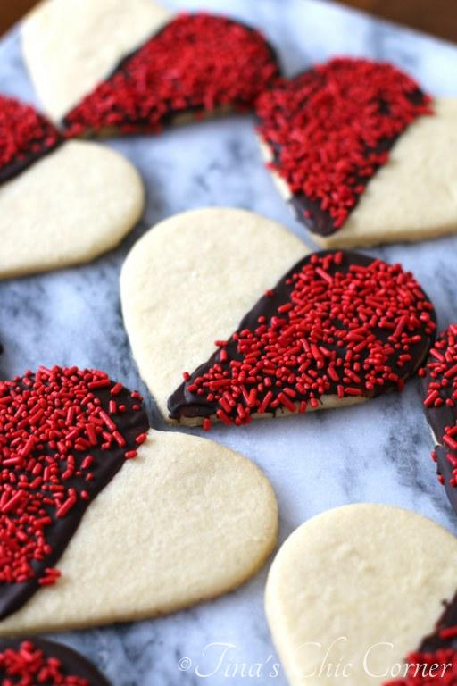 Black and White Heart Shaped Sugar Cookies08