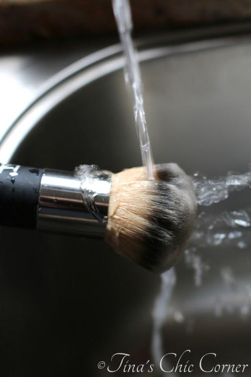 How to clean makeup brushes06