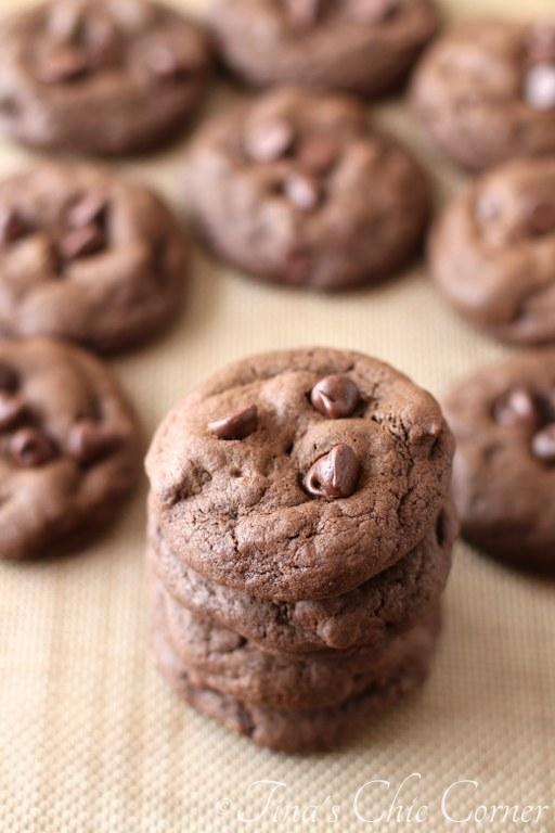 Double Chocolate Chunk Cookies06