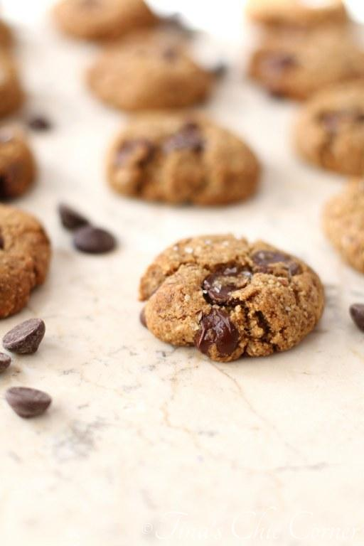 Paleo Chocolate Chunk Cookies04