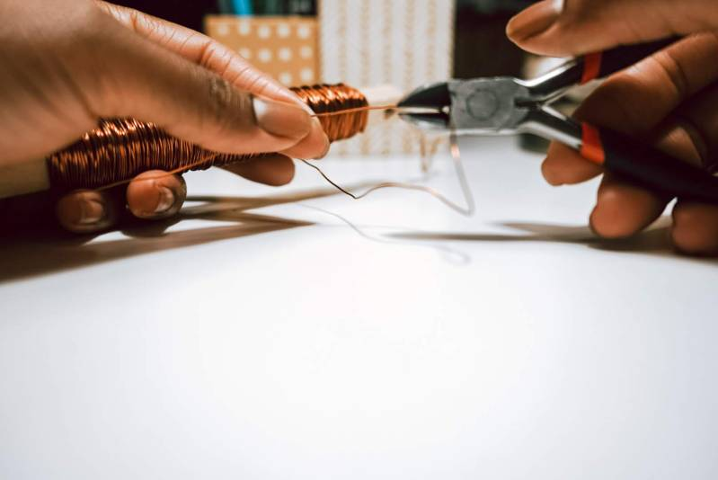 Trimming Floral Wire