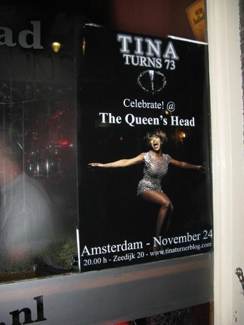 Tina Turner birthday fan party 2012 (8)