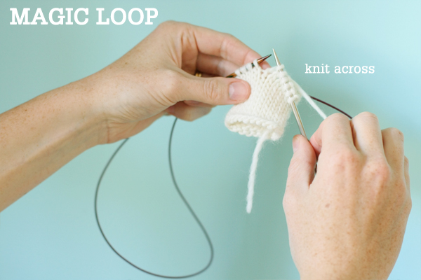 f5662f657b2f3c Magic Loop Technique – how to knit in the round using a single long ...