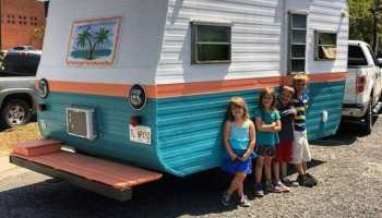 Glendale Mobile Homes - Tin Can Tourists on animated car, mobile blue car, motorhome with car, hybrid camper motorhome car, recreational car, rat rod show car, mobile car service, mobile car wash,