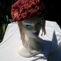 Bonnet, mouton mérinos, teinture naturelle, cochenille, garance, crochet, filé main