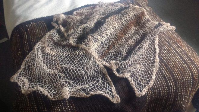 Autre filet en alpaga, filé main et filé industriel, couleurs naturelles, sans teinture