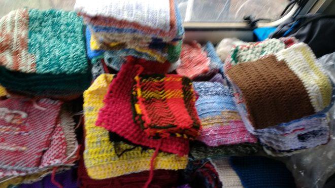 Voici la grande variété de carrés, oeuvres des Amapiens