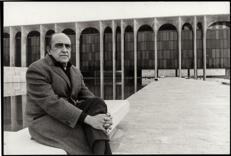 Oscar Niemeyer, Brazil's Modernist Icon, Dies