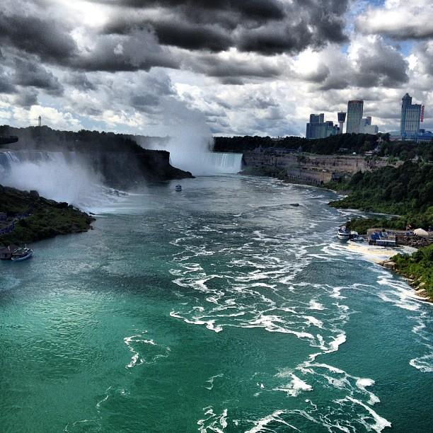 August 17, 2012 (3:26 pm), Rainbow Bridge (Niagara Falls)
