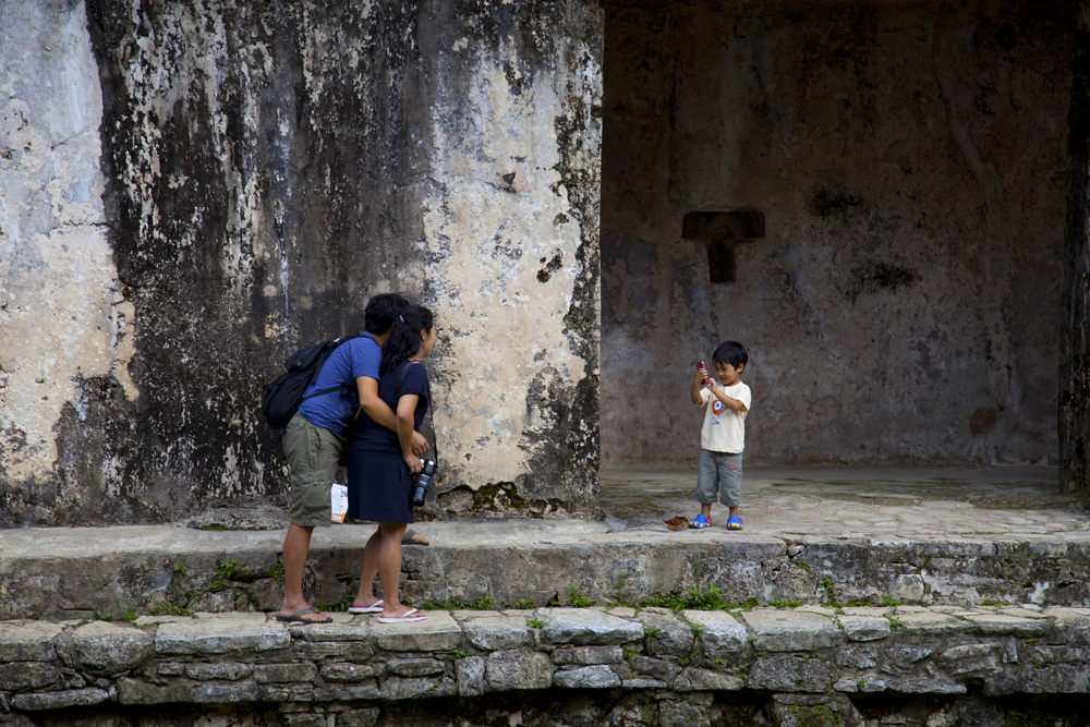 child, picture, palenque, mayas, ruins, mexico