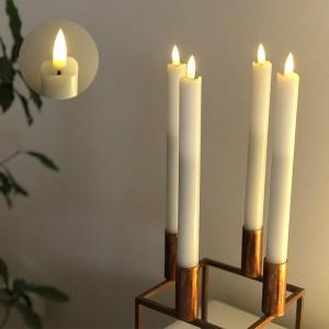 LED kronelys med timer - hvide og autentisk væge. 2 stk koster 139 kr