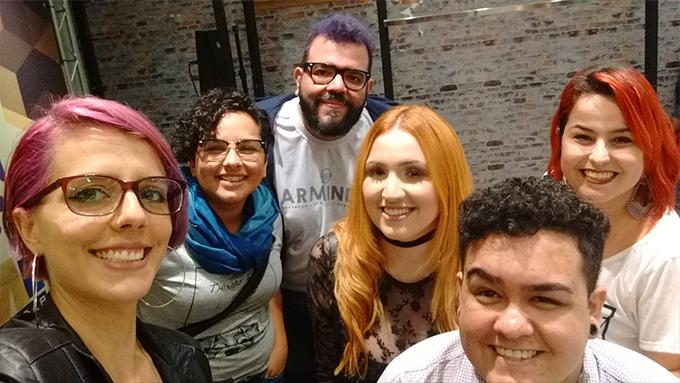 Eu, Renata Cundari, Armindo Ferreira, Má Moraes, Thiago Galvão e Marcela Cerqueira numa selfie.