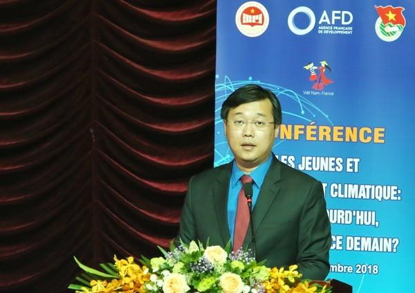Đồng chí Lê Quốc Phong - Ủy viên dự khuyết BCH Trung ương Đảng, Bí thư thứ nhất Trung ương Đoàn TNCS Hồ Chí Minh phát biểu khẳng định vai trò xung kích của tuổi trẻ Việt Nam trong bảo vệ môi trường và ứng phó với biến đổi khí hậu