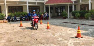 Tập huấn kỹ năng điều khiển xe gắn máy an toàn