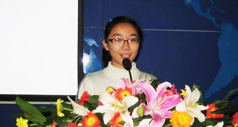 Bài diễn văn chấn động sâu sắc của nữ sinh 17 tuổi: Tổ quốc tôi, ông là ai?