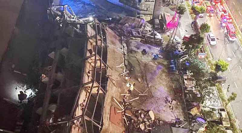 Sự cố sập khách sạn Hân Giai ở thành phố Tuyền Châu tỉnh Phúc Kiến xảy ra vào tối ngày 7/3 khiến ít nhất 10 người tử vong, 23 người mất liên lạc. (Ảnh: El Heraldo)