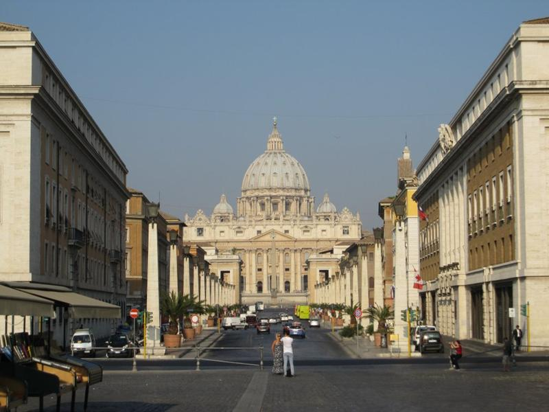 http://www.rome-tours.org/image/st-peter-basilica-rome.jpg