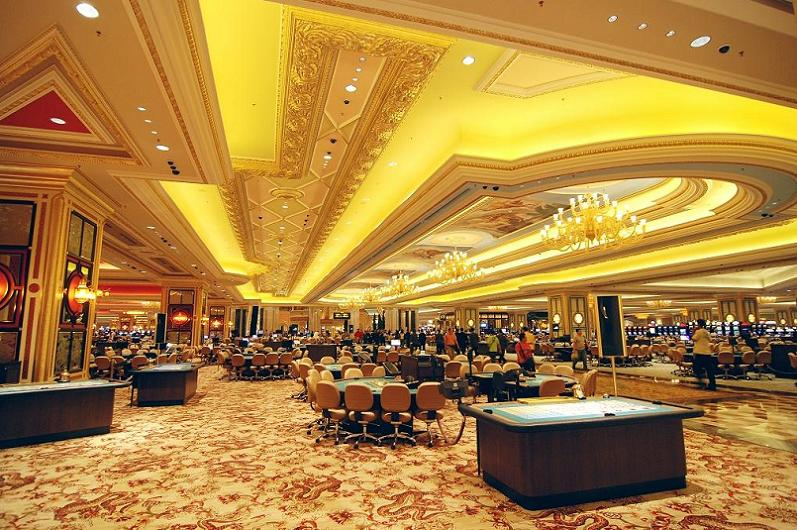 venetian-macao-card-room