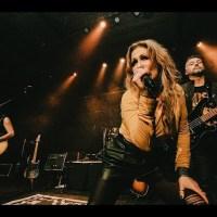 D2UR Fuse Darkness & Light In Little Sunshine Live Video