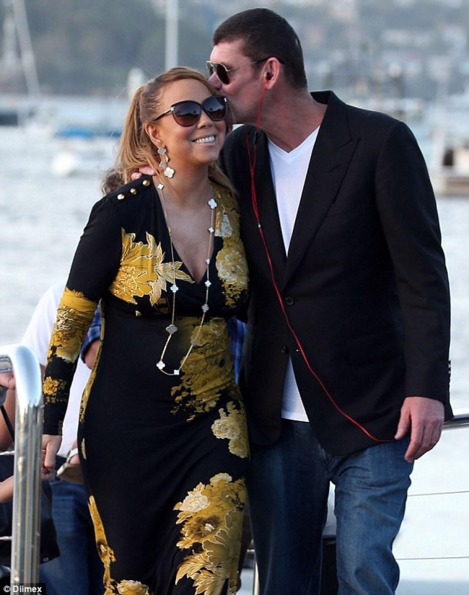 Mariah & James split!