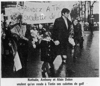 QUAND ALAIN DELON MANIFESTAIT POUR LE PANTALON DE GOLF DE TINTIN
