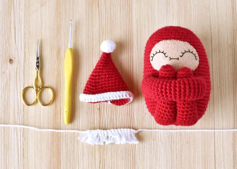 Santa Curlie Materials