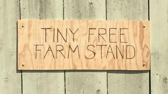 Tiny Free Farm Stand sign
