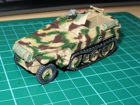 The hand-painted camo scheme. At this stage I was still pretty unsure about it.