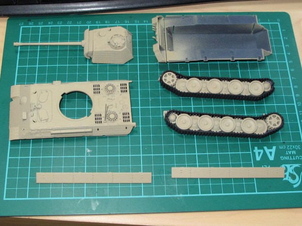 The major assemblies. Turret and tracks have been assembled.