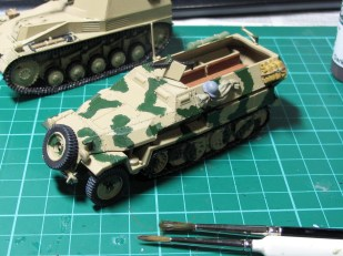 "First layer of camo ""Luftwaffe camo green"""